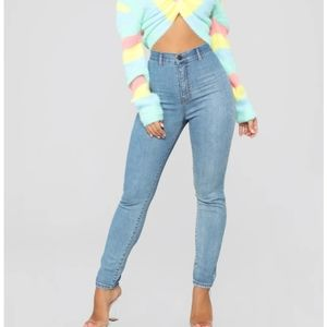 Fashion Nova Claudia High Rise Light Was Jeans